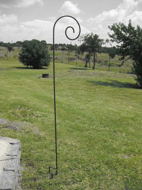 wb007-curly-stand-for-your-garden