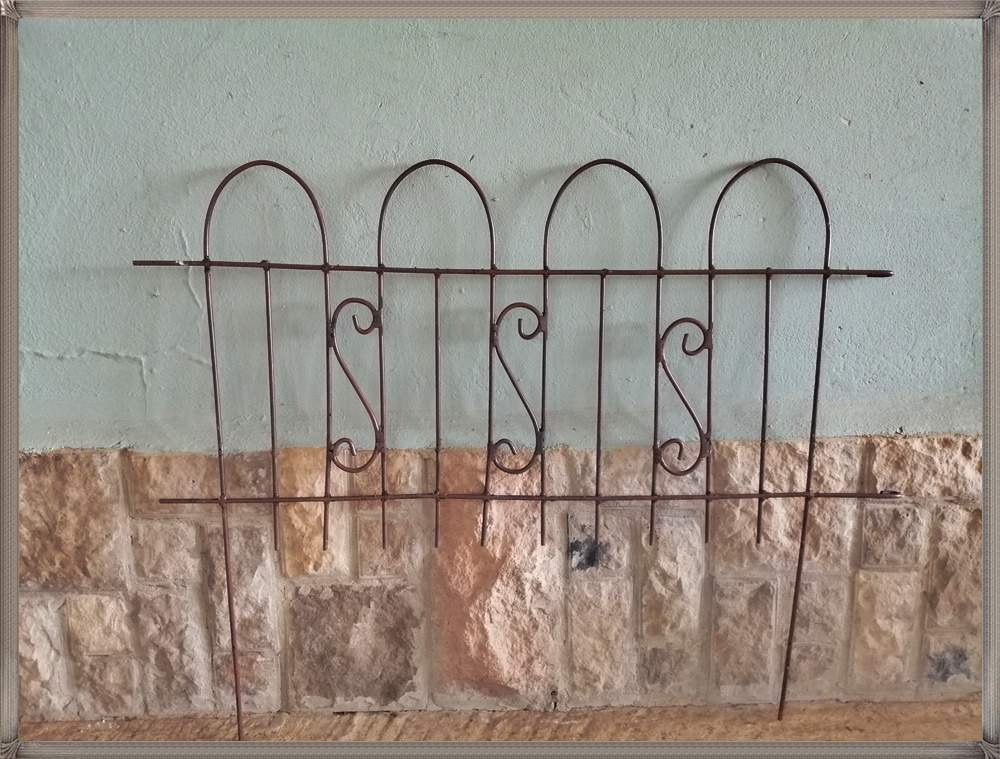 curly-fencing-available-in-various-sizes