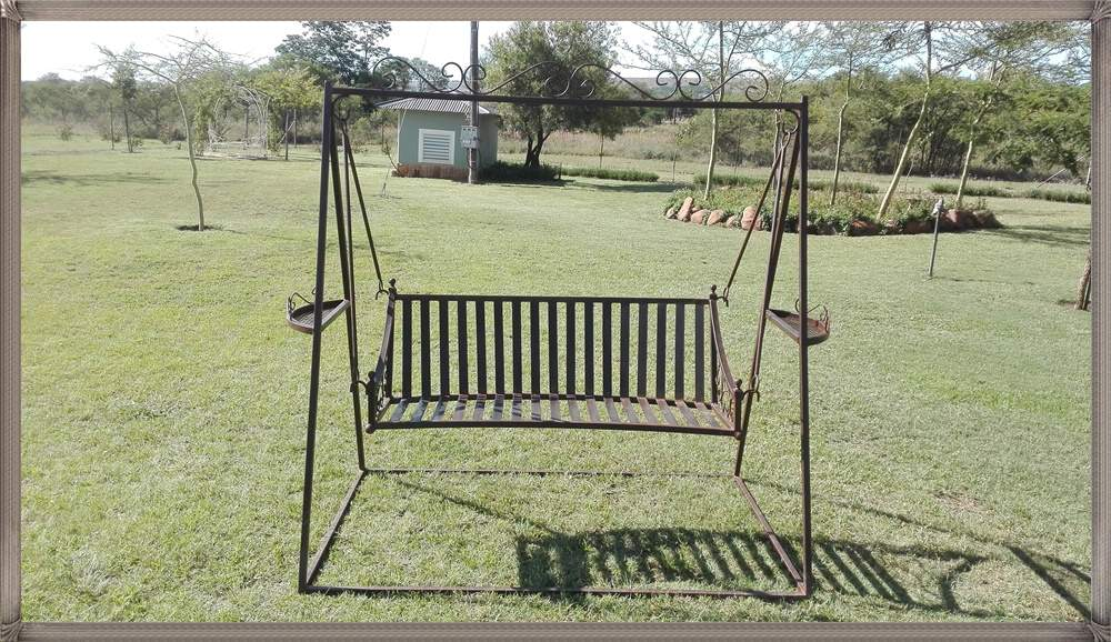 b3c-bench-mars-on-a-swing