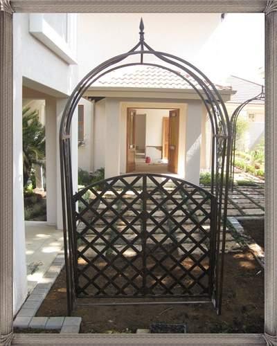 ar3b-arch-maxima-with-gate