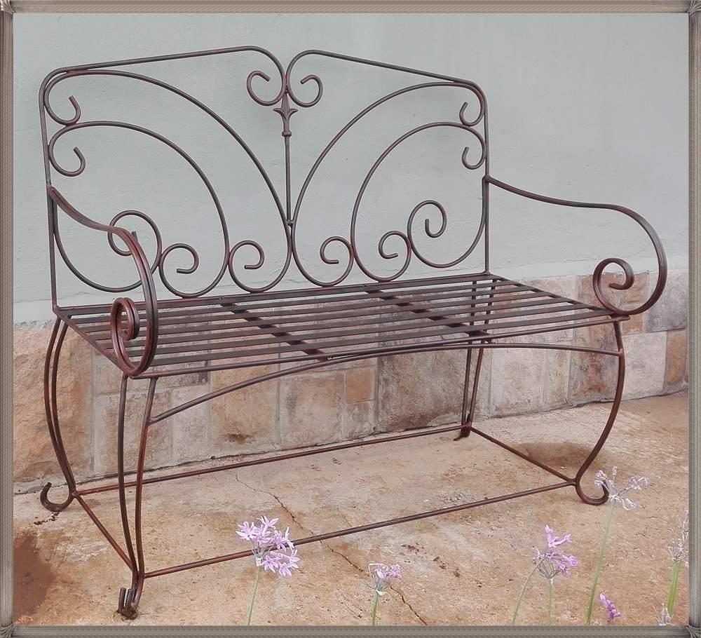 ex42-elizabeth-garden-bench