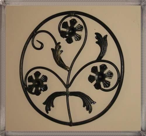 ga003-circular-floral-panel