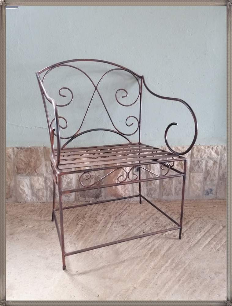 b7a-chair-pluto