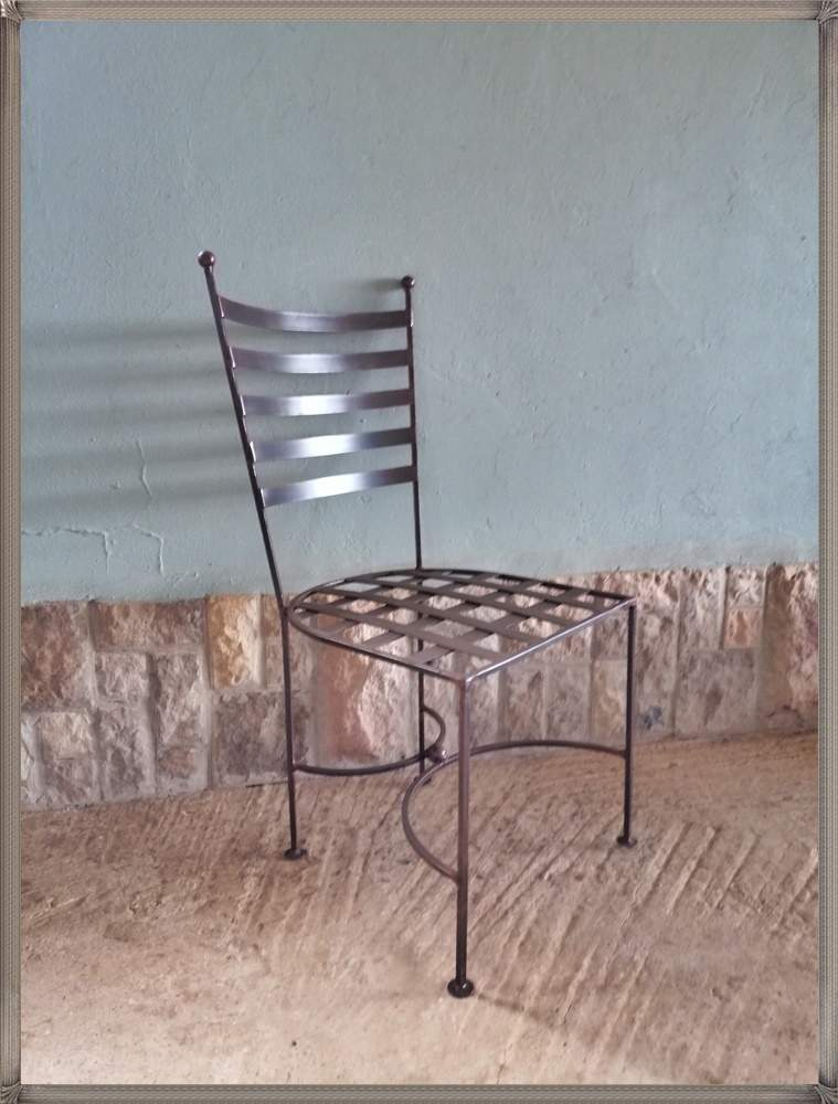 c15-lily-chair