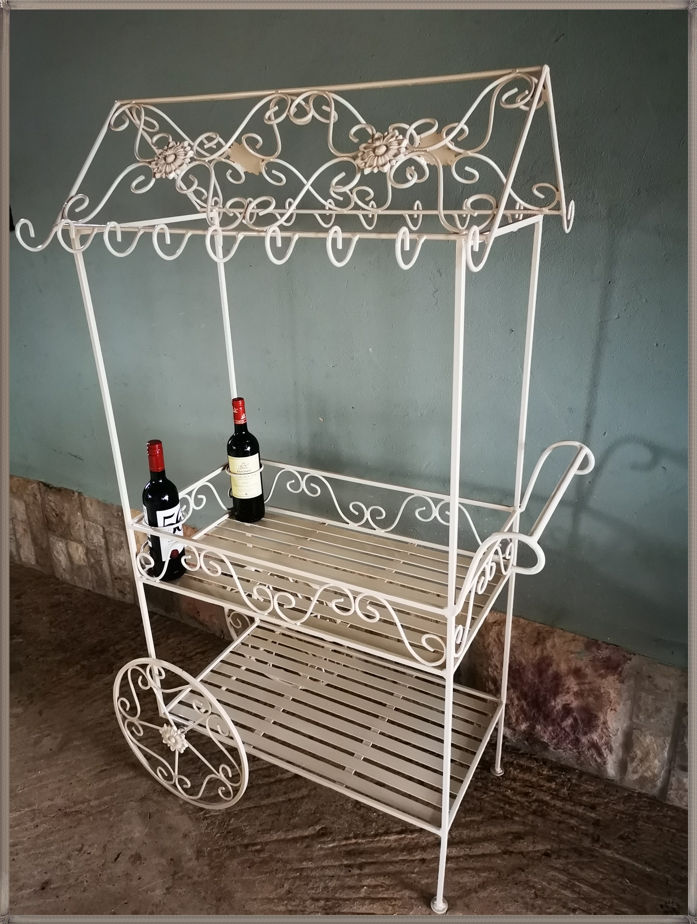 st17-vintage-tea-trolley