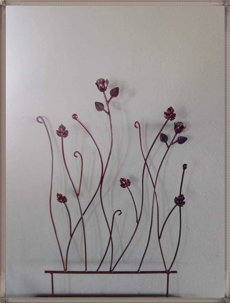 t234-rose-panel-700x600-with-spikes